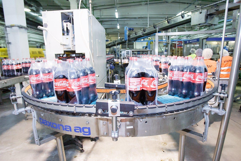 """""""Coca-Cola"""" uždaro gamyklą Alytuje, atleis 80 darbuotojų"""