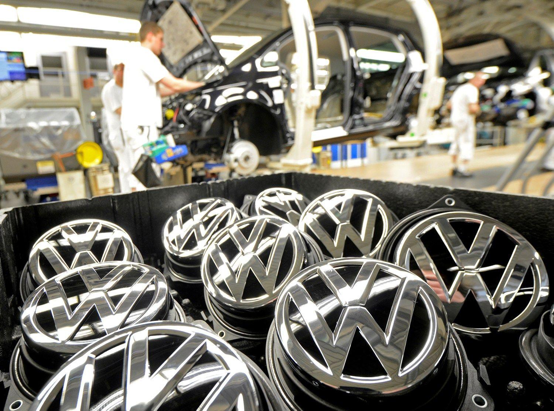 �Volkswagen� pa�eid� �statymus 20 Europos �ali�, nustat� EK