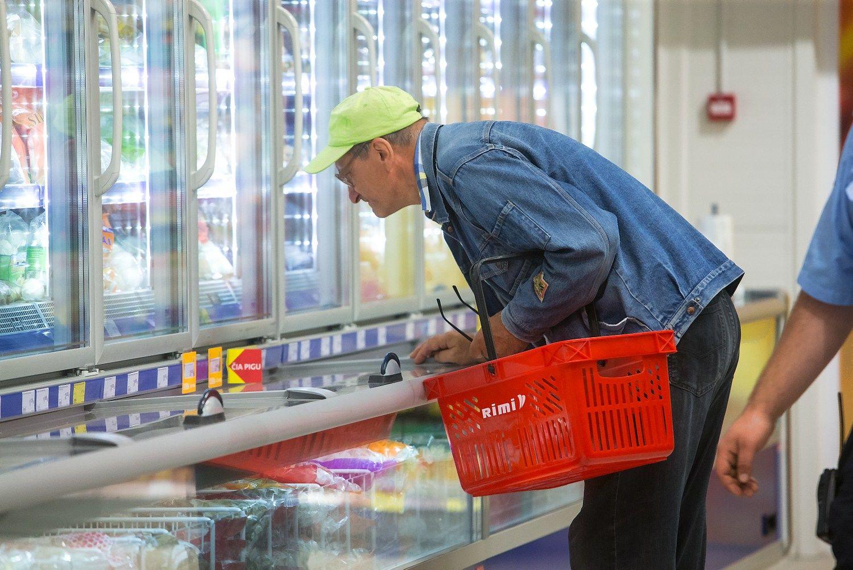 VŽ lygina kainas: kas siūlo pigiausią maisto prekių krepšelį