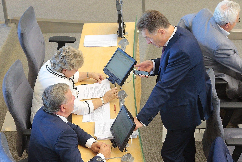 Seimas atmetė prezidentės veto dėl Darbo kodekso