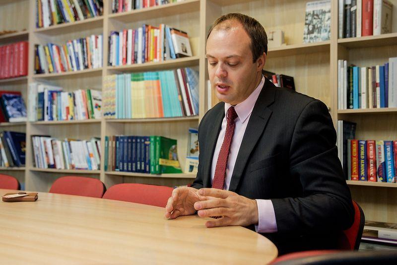 """Audrius Bitinas, darbo teisės ekspertas: """"Socialinė, darbo teisė turi būti gyva, iš karto reaguojanti į rinkos situaciją, į problemas. Tie pakeitimai dar nereiškia, kad mes 5 ar 10 metų dabar gyvensime su jais."""" Vladimiro Ivanovo (VŽ) nuotr."""