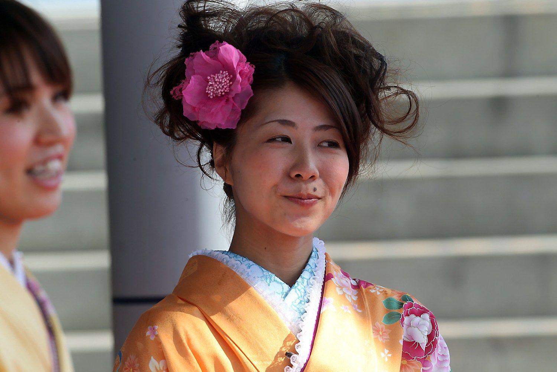 Japonijos ekonomiką išgelbėtų dirbančios moterys