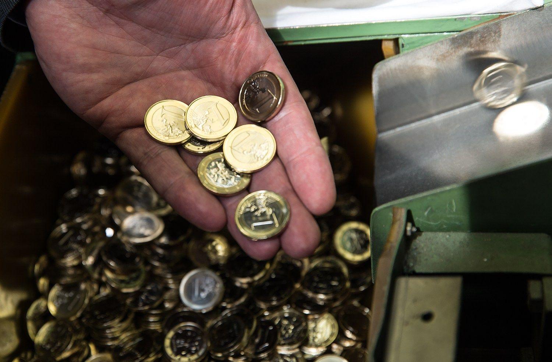 VVĮ duoklė mokesčių mokėtojams: 140 mln. Eur už 2015 m.