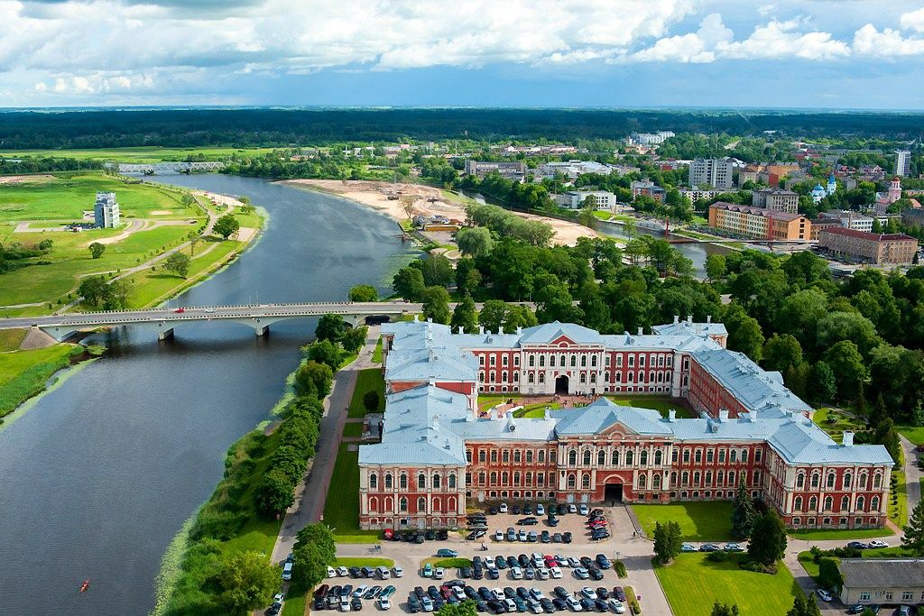PST Latvijoje laim�jo konkurs� - rekonstruos Jelgavos r�mus