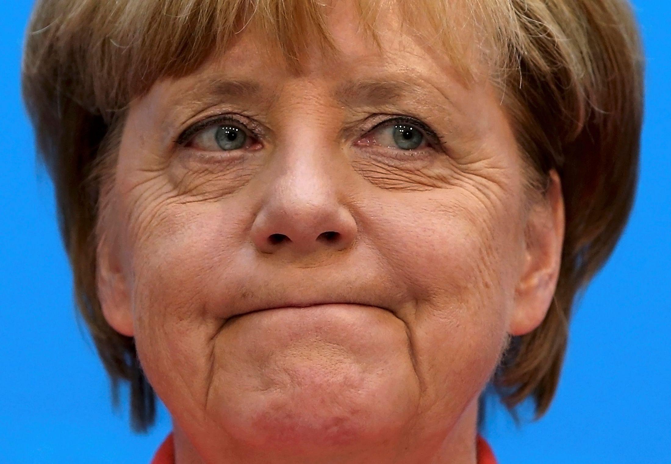 Angela Merkel apie pab�g�li� politik�: nor��iau atsukti laik�