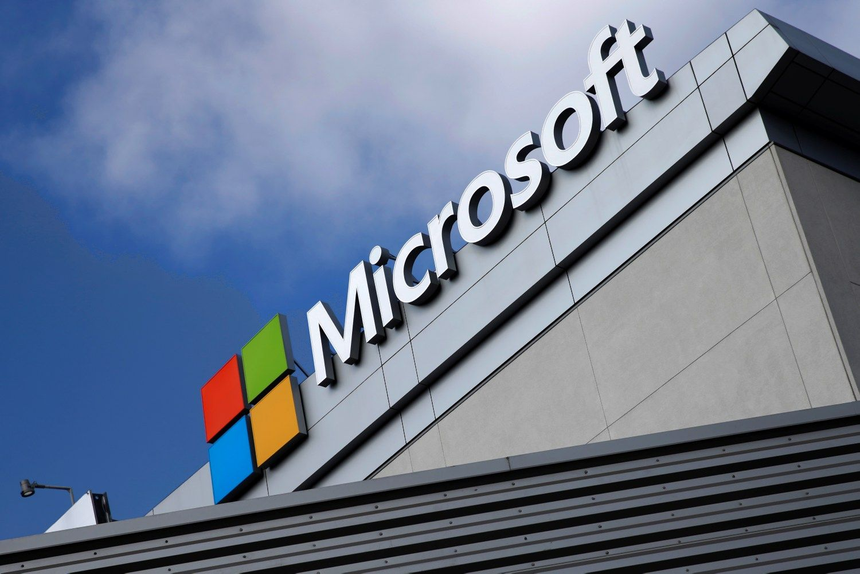"""""""Microsoft"""" supirks akcijų už 40 mlrd. USD"""