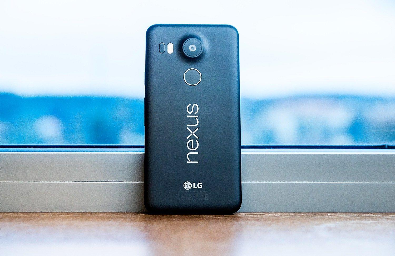 """Naujas """"Google"""" telefonas pasirodys po dviejų savaičių, bet tai nebus """"Nexus"""""""