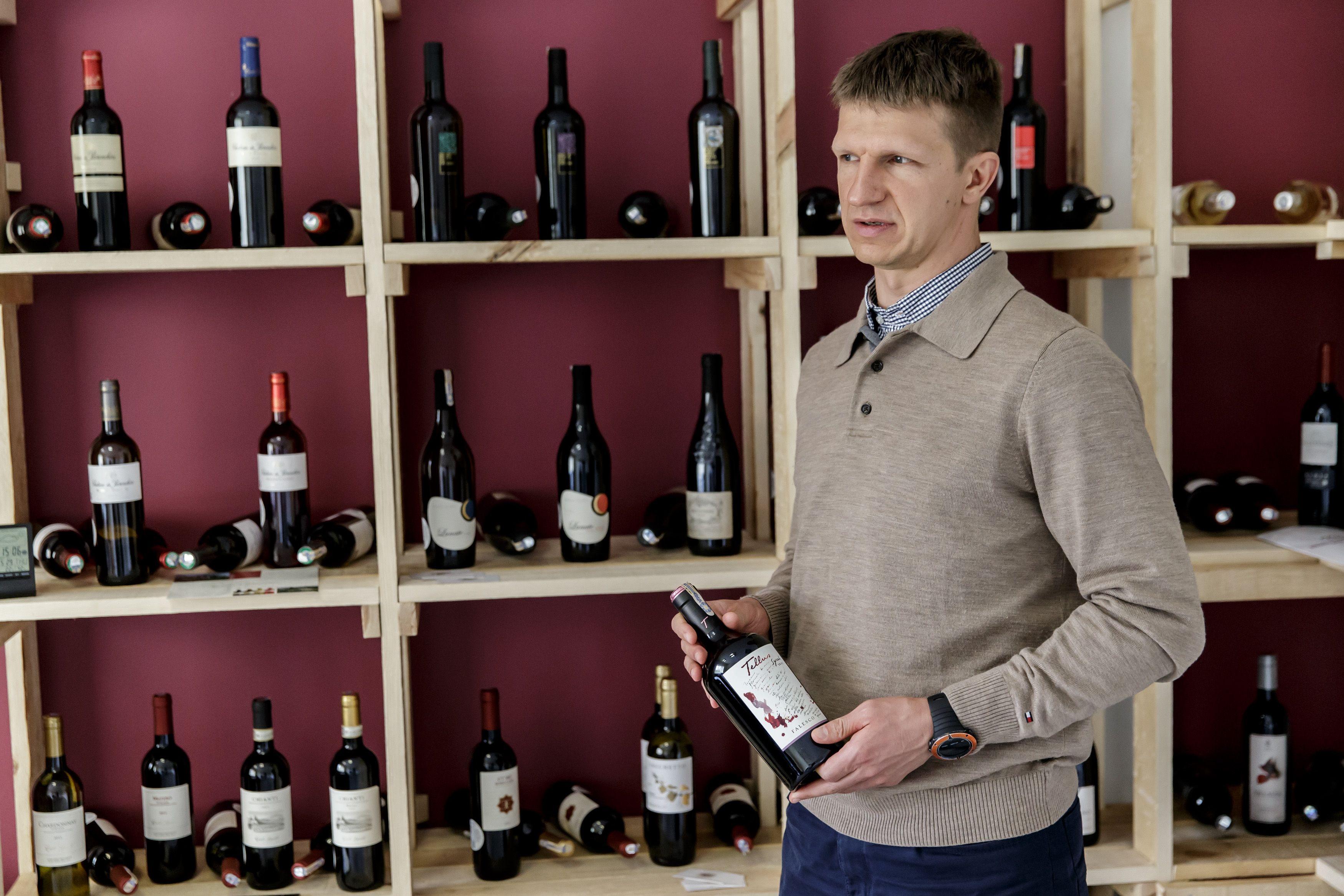 Vietoj draudim� alkoholio prekiautojai si�lo kit� i�ei�i�