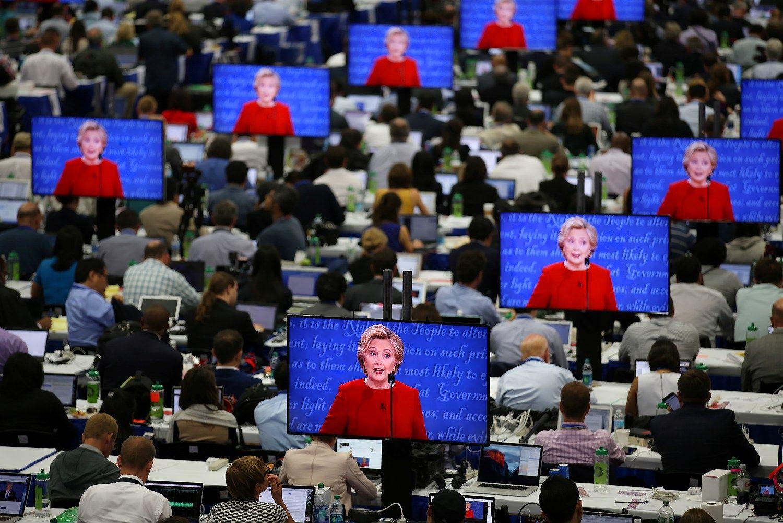 Finans� rink� reakcija � debatus: laim�jo Clinton