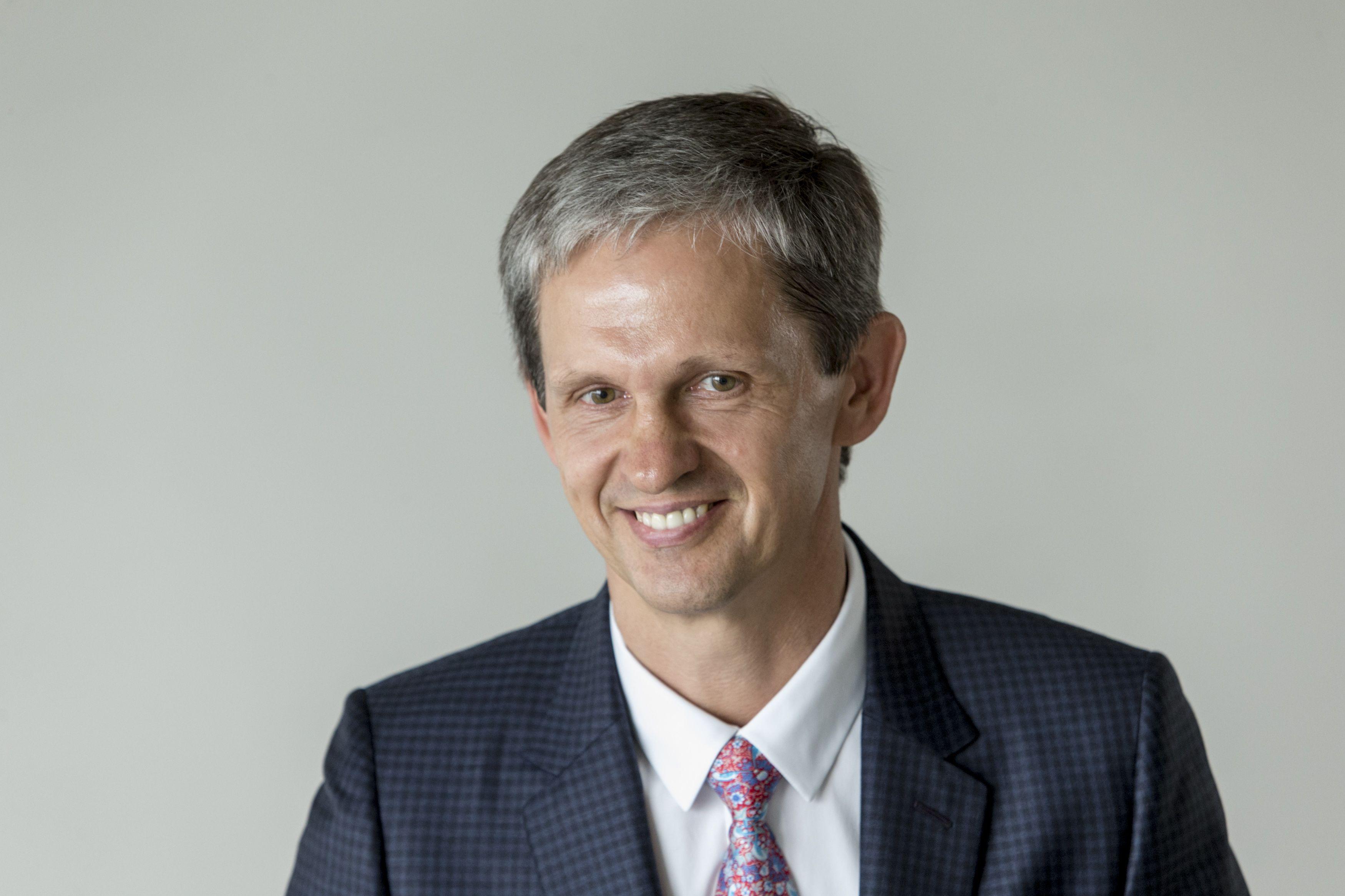Numavičius galės atsikratyti Lietuvos mokestinių pančių