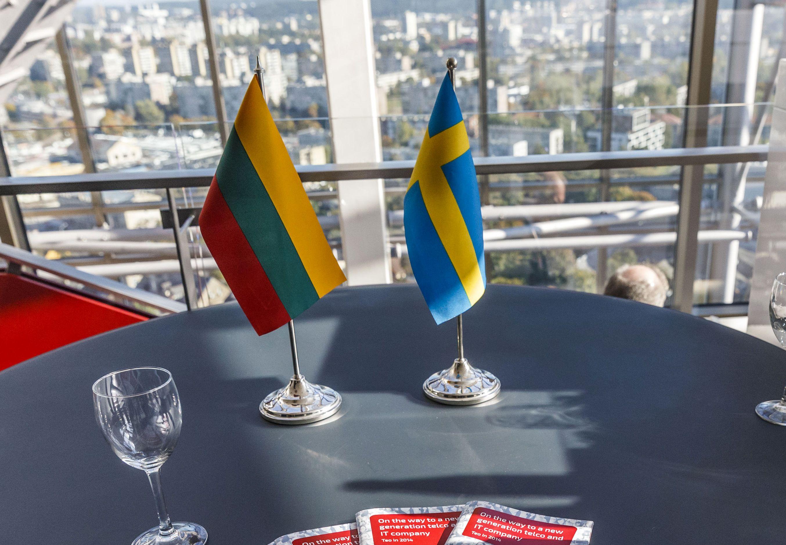 Švedus gąsdina tūkstančių darbo vietų perkėlimu į Baltijos šalis