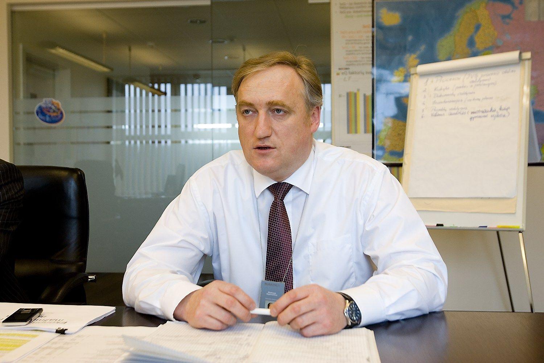 Buvęs VP dešimtukas toliau tirpsta: akcijas parduoda Bagdonavičius