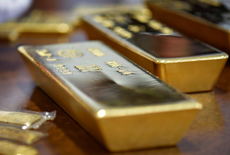 Auksas – pigiausias per beveik 4 mėnesius