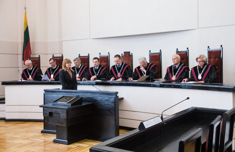 KT: nedrausmingiems Seimo nariams algos galima išvis nemokėti