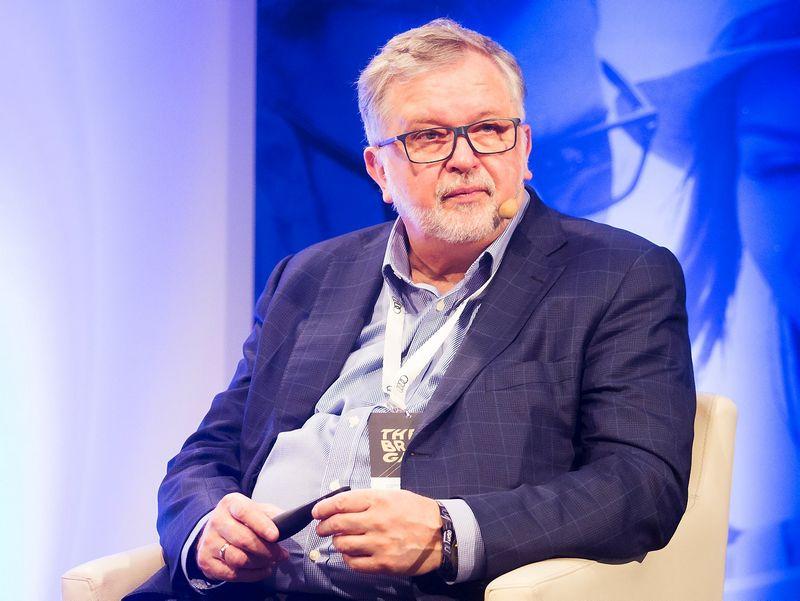 """Vladas Algirdas Bumelis, biofarmacinių preparatų kūrimo UAB """"Biotechpharma"""" valdybos pirmininkas. Luko Balandžio, (""""15min.lt"""" / """"Scanpix"""") nuotr."""
