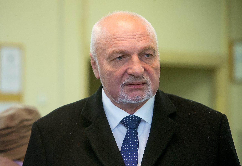 Mazuronis atsistatydino iš Darbo partijos vadovų, traukiasi ir Graužinienė