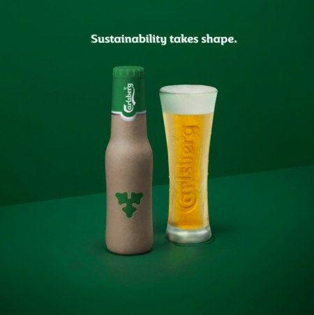"""""""Carlsberg"""" alus – butelyje iš medžio plaušo"""