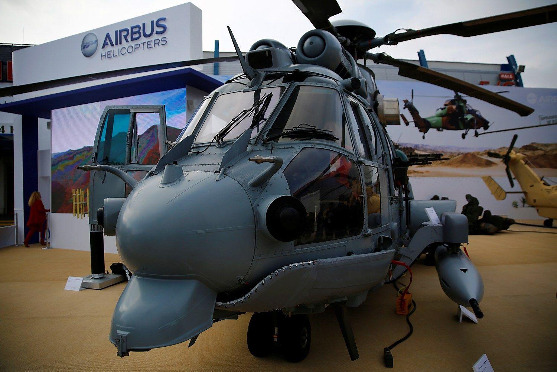 """Lenkija nutraukia derybas su """"Airbus"""" dėl karinių sraigtasparnių įsigijimo"""
