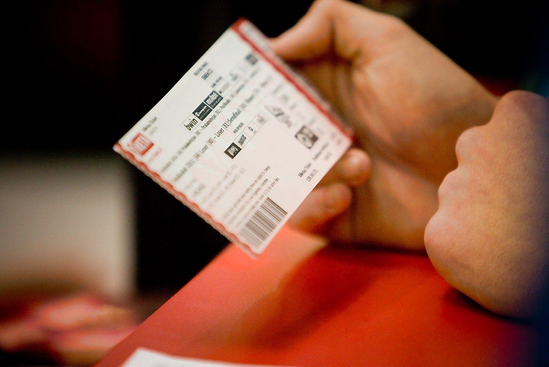 Pasiūlė apdrausti renginio bilietą
