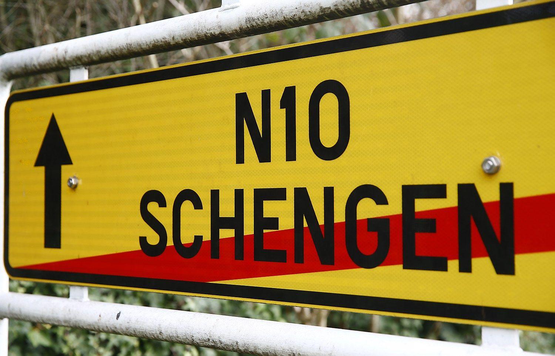 Šengeno zonos subyrėjimas kasmet ES kainuotų iki 3 mlrd. Eur