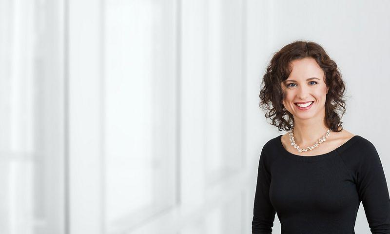 """Jovita Valatkaitė, advokatų kontoros """"Cobalt"""" asocijuota teisininkė. Bendrovės nuotr."""
