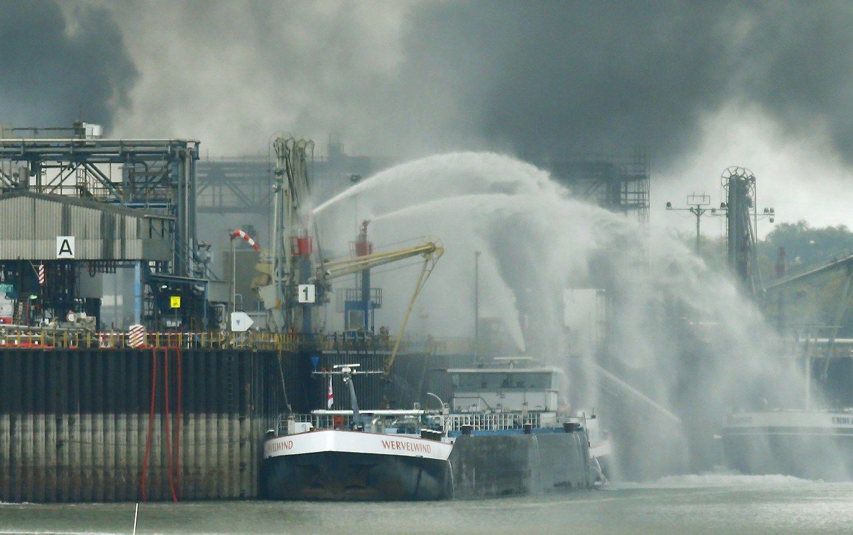 Vokietijos BASF gamykloje � sprogimas