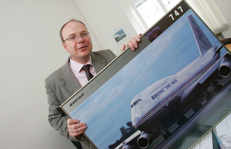 """Baltijos funkcinio oro erdvės bloko (FAOB) Valdymo biuro vadovas Vidmantas Kairys: """"Orlaivių eismo intensyvumas per 20 metų padvigubės ir dėl nepakankamo pralaidumo Europos oro uostai nebepajėgs priimti maždaug 2 mln. numatomų skrydžių."""" Juditos Grigelytės (VŽ) nuotr."""