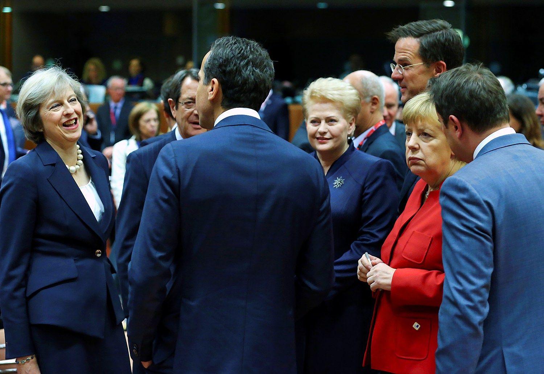 ES lyderi� susitikimas:�pagr�mojo Rusijai, bet apie sankcijas n� �od�io