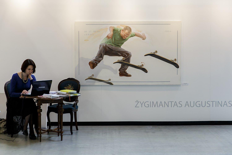 Meno darbų eksponavimas biure – būdas įkvėpti darbuotojus