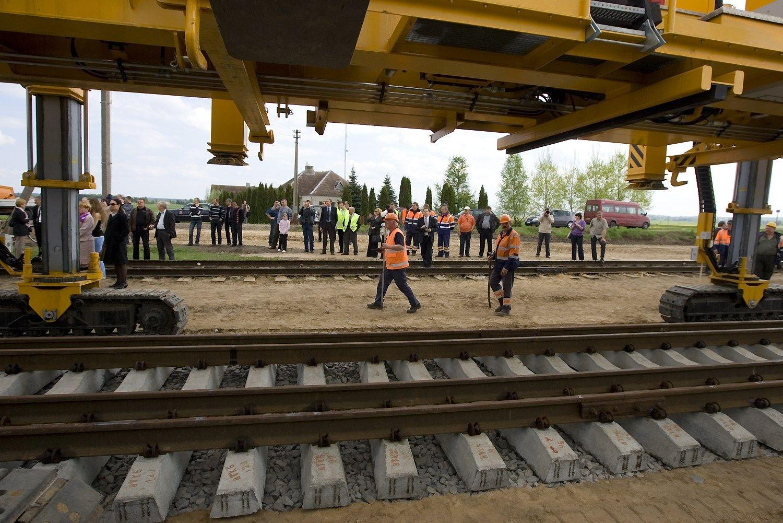 """EP rezoliucijoje – raginimai """"Rail Balticai"""""""