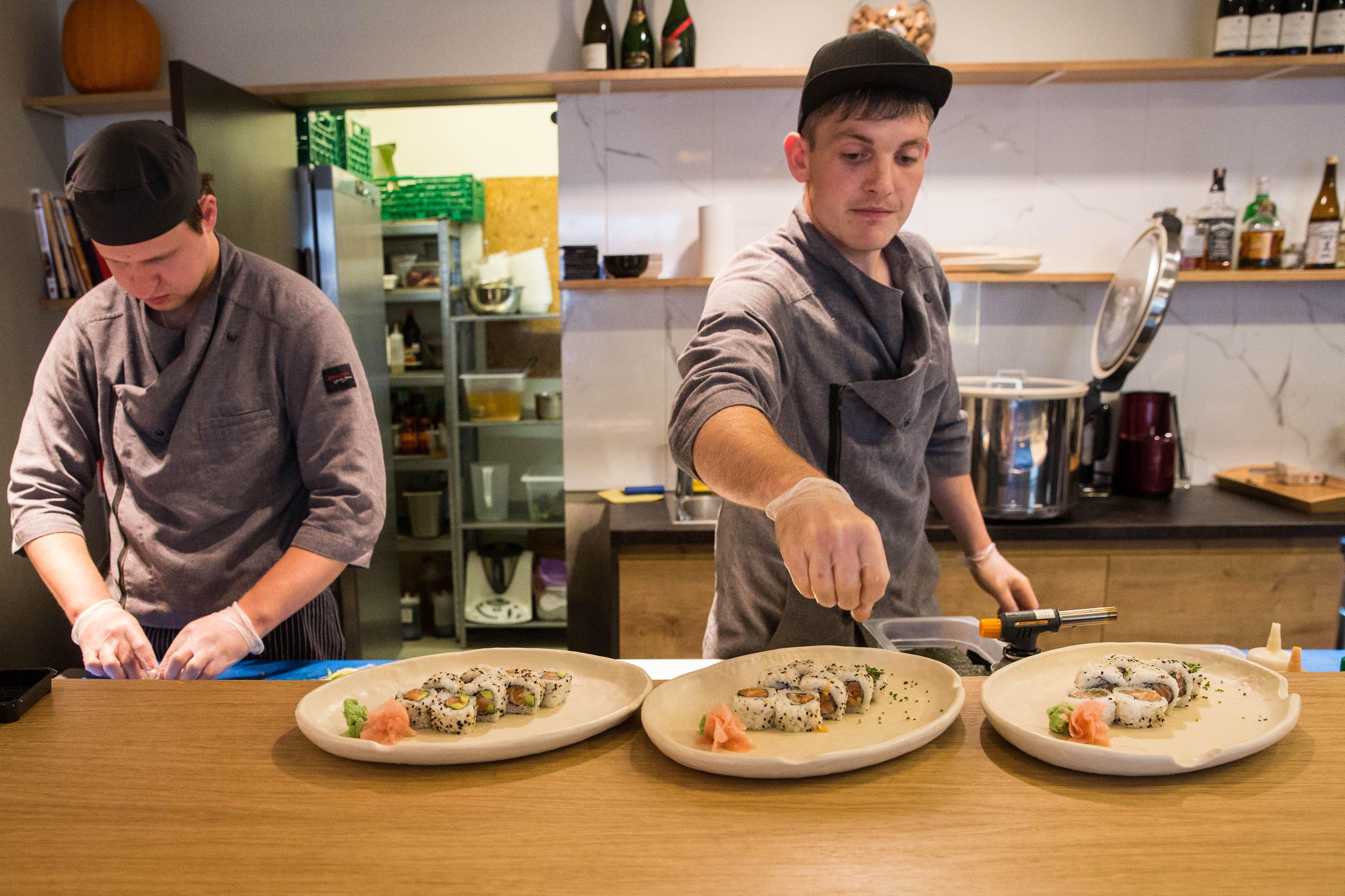 Restoran� rinkos ap�valga: ki�enes pildo ir kain� augimas