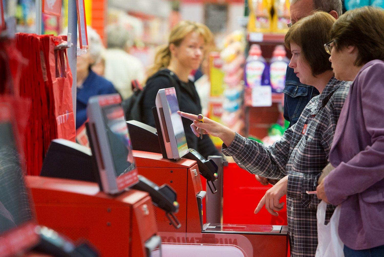 Spalį vartotojų pasitikėjimas augo