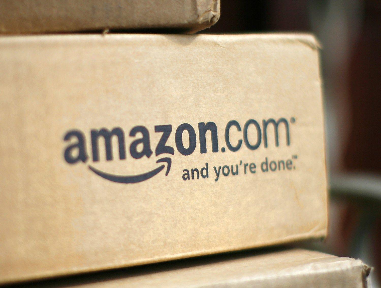 """Trigubai išaugęs """"Amazon"""" pelnas nuvylė analitikus"""
