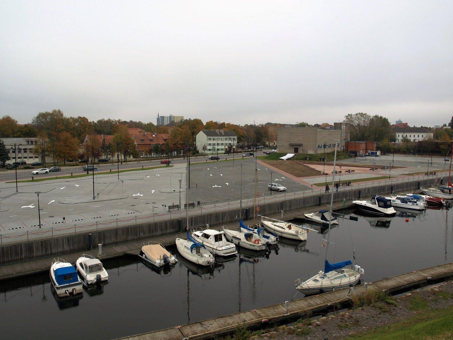 Klaipėdos miesto centre – nauja automobilių stovėjimo aikštelė