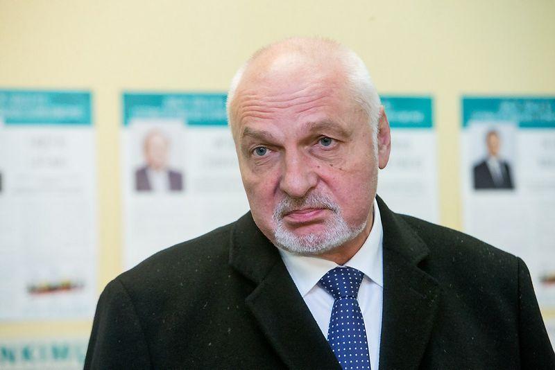 Valentinas Mazuronis atsistatydino iš Darbo partijos pirmininkų po jai nesėkmingų Seimo rinkimų. Juditos Grigelytės (VŽ) nuotr.