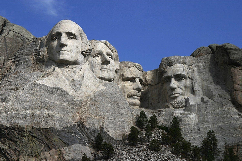 Pakvaišusio skulptoriaus šedevras granite: Rašmoro kalnas