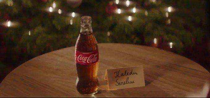 Tarp naujausių reklamų – pirmosios Kalėdinės reklamos