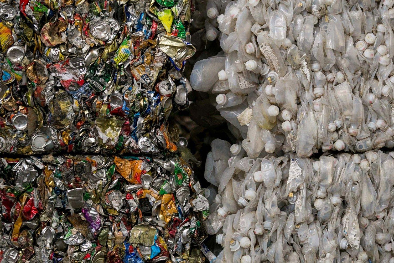 Atidarė išmanią atliekų rūšiavimo liniją