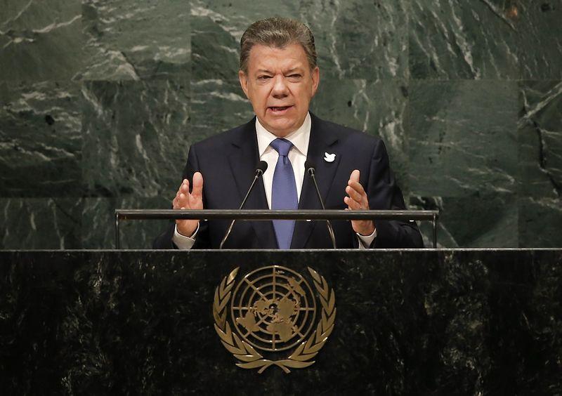 "Juanas Manuelis Santosas, Kolumbijos prezidentas. Mike'o Segaro (""Reuters"" / ""Scanpix"") nuotr."