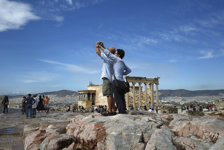 Graikija: turistų daugiau, pajamų mažiau