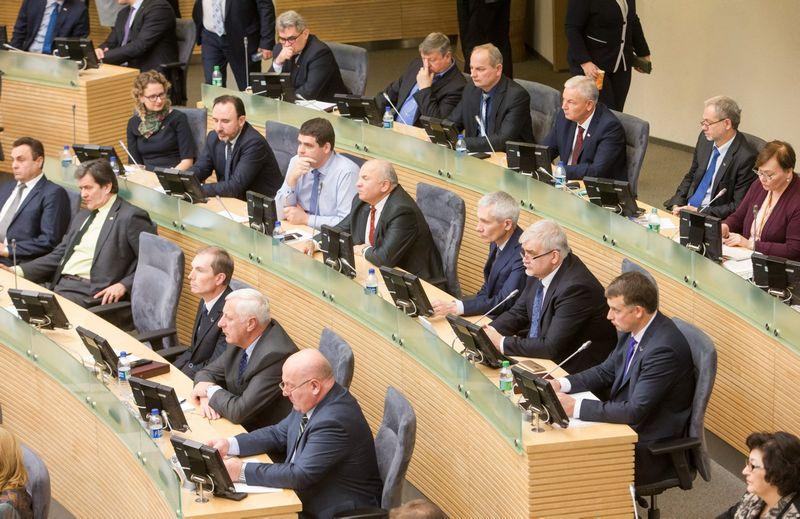 Naujai išrinktasis Lietuvos Seimas pradėjo darbą. Juditos Grigelytės (VŽ) nuotr.