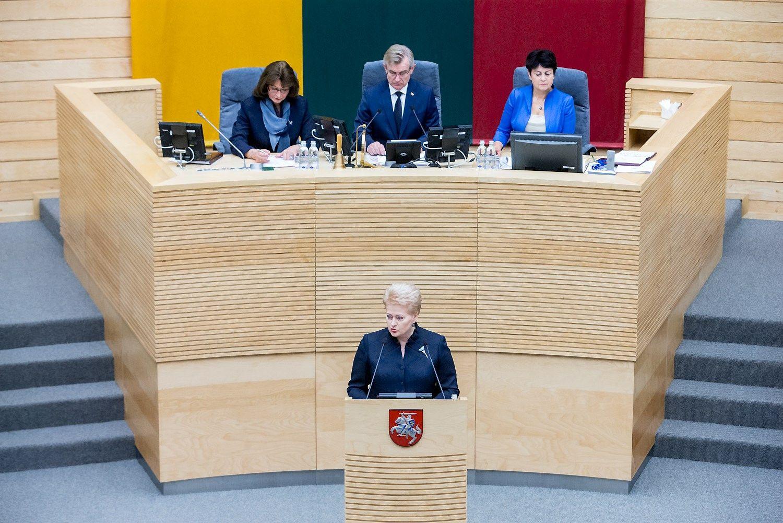 Seimas svarsto, ar skirti Skvernelį premjeru