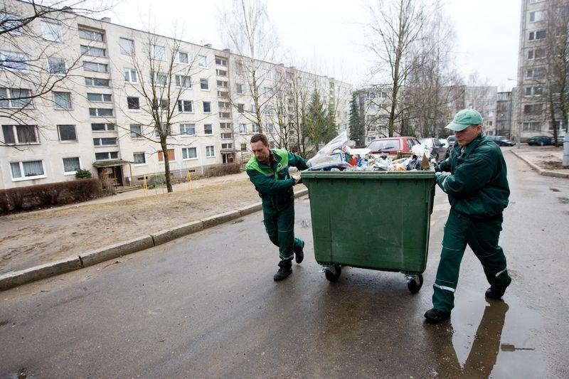 Įsibėgėjus teisiniams ginčams, Vilniaus komunalinių atliekų išvežimo konkurso nugalėtojas paaiškės geriausiu atveju kitų metų viduryje.   Vladimiro Ivanovo (VŽ) nuotr.