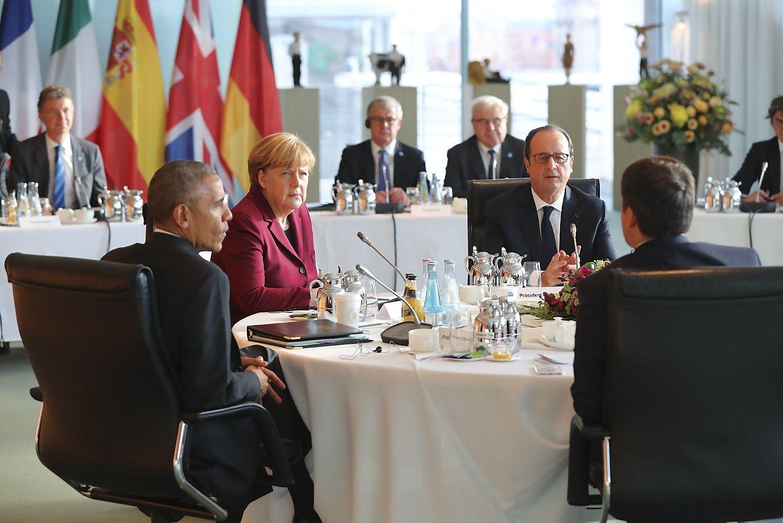 Obama ir Europos lyderiai remia stiprų NATO ir sankcijas Rusijai