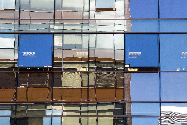 Estų bankai sunerimę dėl NT rinkos – griežtina finansavimą