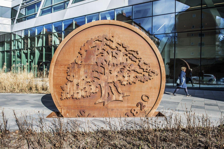 """Latviai """"Swedbank"""" išrašė 1,36 mln. Eur baudą"""