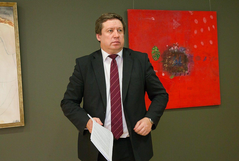 Į krašto apsaugos ministrus siūlomas Karoblis: sutikimo dar nedaviau
