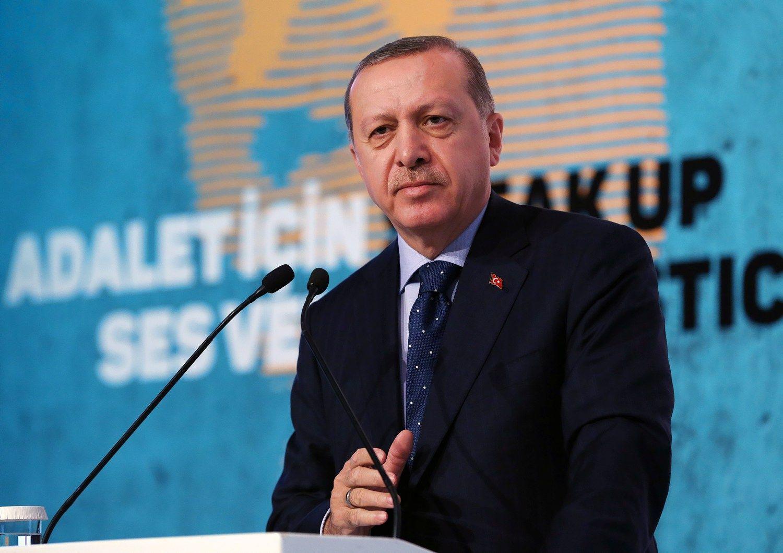 Erdoganas grasina Europai: žada atverti sienas 3 milijonams pabėgėlių