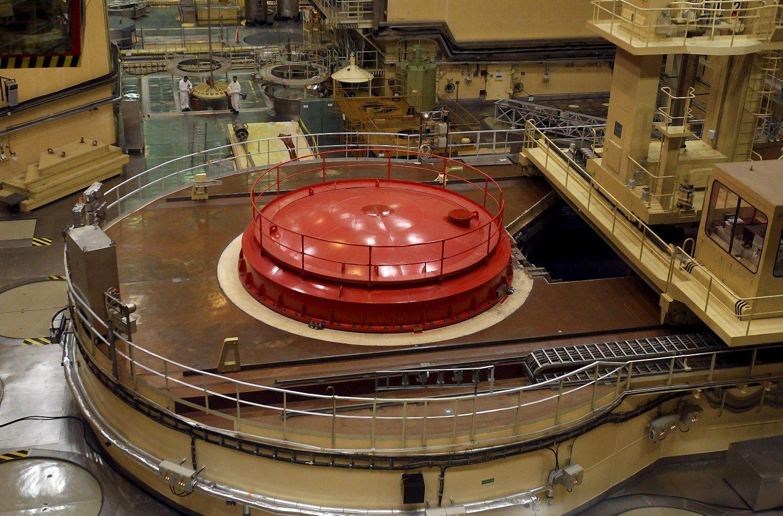 Rusiška atominė Vengrijoje: ES spaudimas mažėja, priešintis žada kaimynai