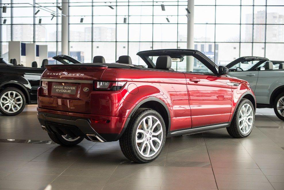 """Lietuvą pasiekė """"Land Rover"""" kabrioletas, skirtas žiemai"""
